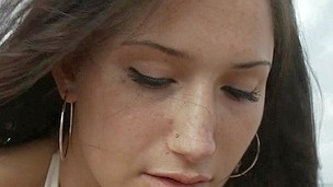 Impressed college beauty worships hard knob of her boyfriend