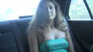 brunette tenåring amatør russisk utendørs onani nærhet store pupper virkelighet hjemmelaget