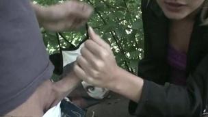 sucking tenåring blonde blowjob amatør utendørs kjærlighet nærhet hjemmelaget oral